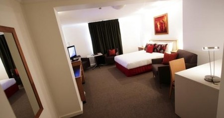 Townhouse Hotel - Accommodation Gold Coast