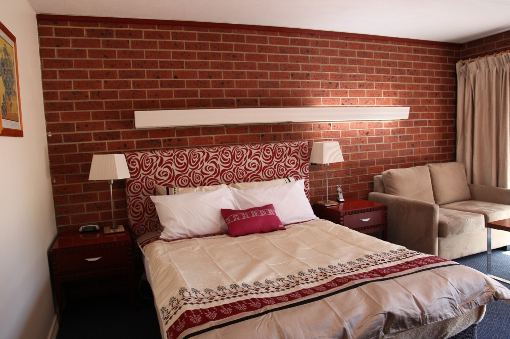 Carnegie Motor Inn and Serviced Apartments - Accommodation Gold Coast