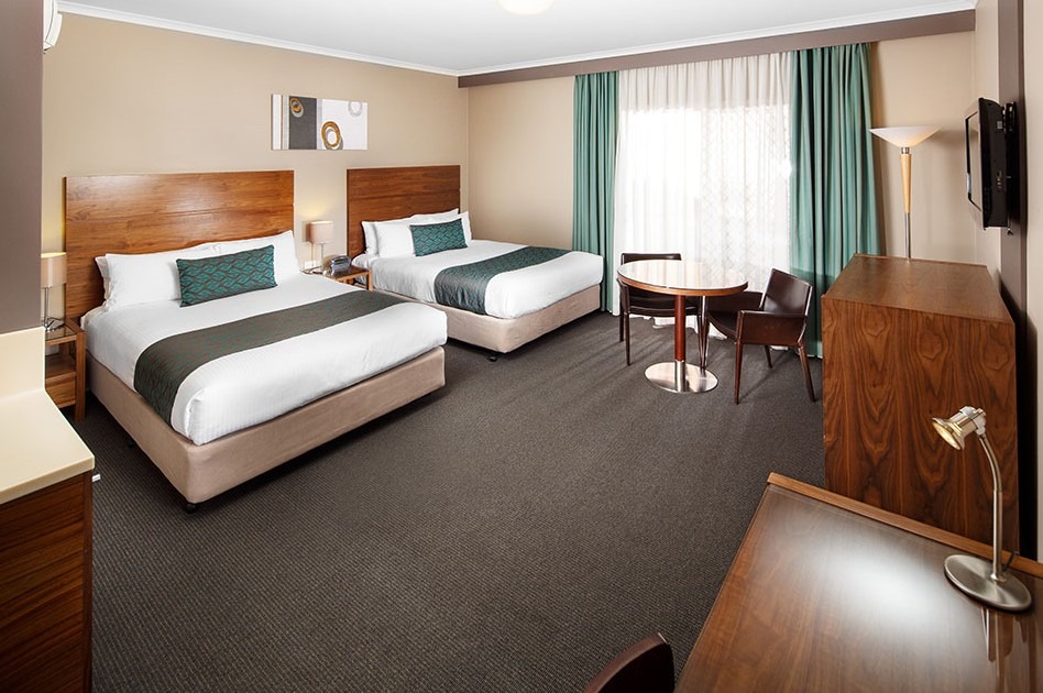Quality Hotel Dickson - Accommodation Gold Coast