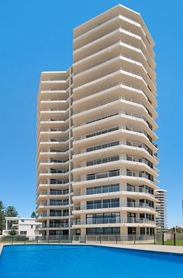 Beachside Tower - Accommodation Gold Coast