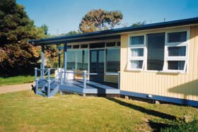 Eskavy Beach House - Accommodation Gold Coast