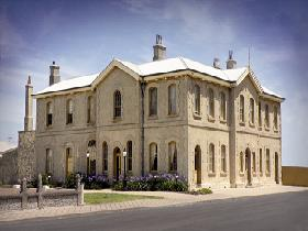 The Customs House - Accommodation Gold Coast