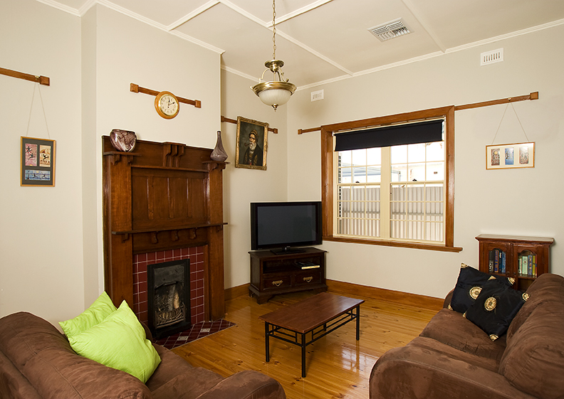 Semaphore Beach House - Accommodation Gold Coast