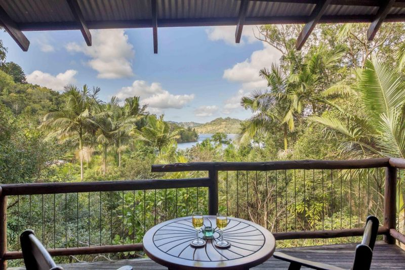Secrets on the Lake - Accommodation Gold Coast