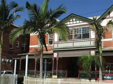 Maclean Hotel - Accommodation Gold Coast