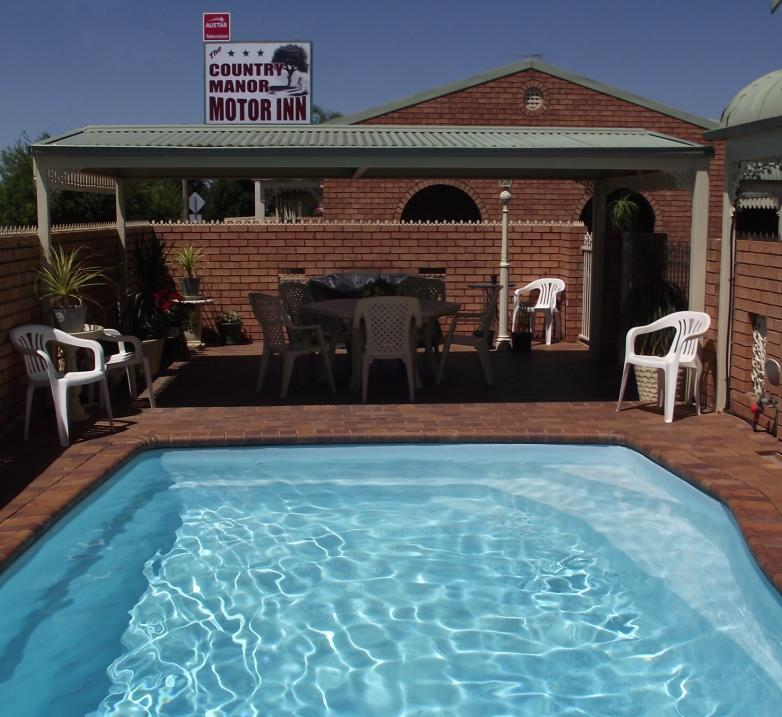 Country Manor Motor Inn - Accommodation Gold Coast