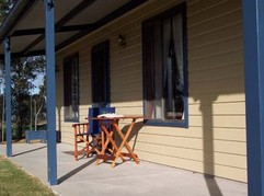 Belmadar Rose Cottage - Accommodation Gold Coast