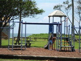Moore Park Beach Holiday Park - Accommodation Gold Coast