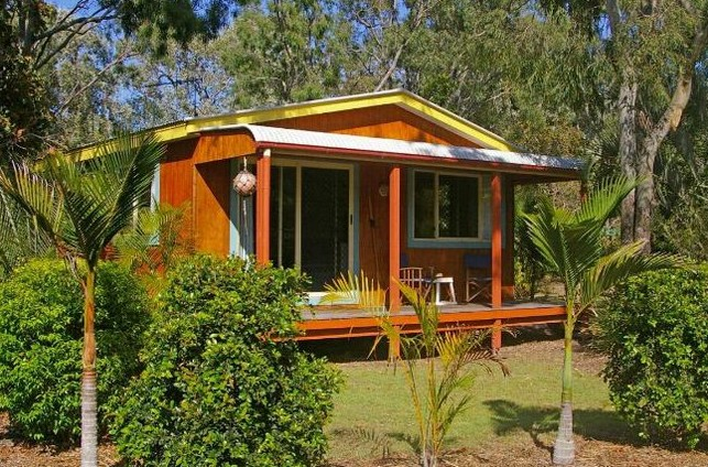 Moore Park Beach Huts - Accommodation Gold Coast