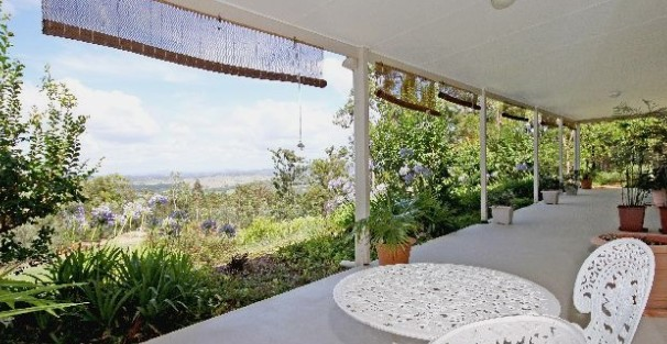 Bed and Breakfast at Wallaby Ridge - Accommodation Gold Coast
