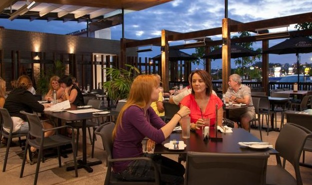 Browns Plains Hotel - Accommodation Gold Coast