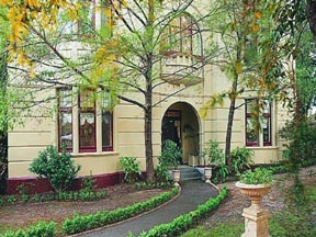 Quality Toorak Manor - Accommodation Gold Coast