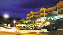 Airlie Beach Hotel - Accommodation Gold Coast