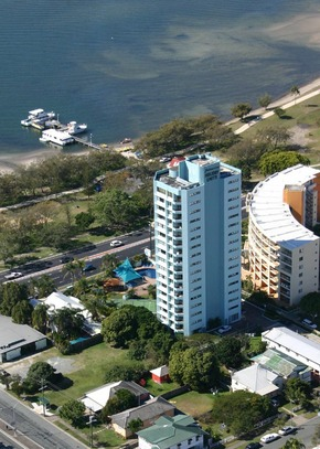Palmerston Tower - Accommodation Gold Coast