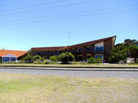 Comfort Inn Wisteria Lodge - Accommodation Gold Coast