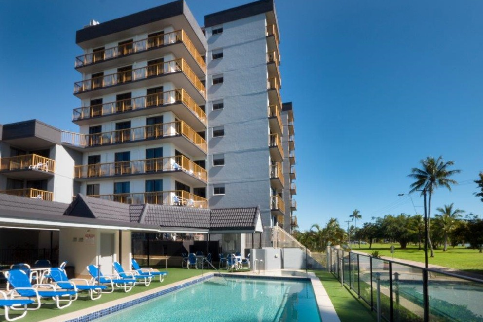 Coral Towers Holiday Apartments - Accommodation Gold Coast