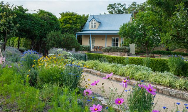 Vineyard Cottages and Cafe - Accommodation Gold Coast