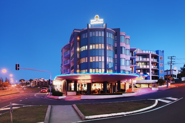 Grand Palais Beachside Resort - Accommodation Gold Coast
