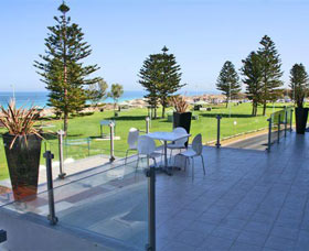 Clarion Suites Mullaloo Beach - Accommodation Gold Coast