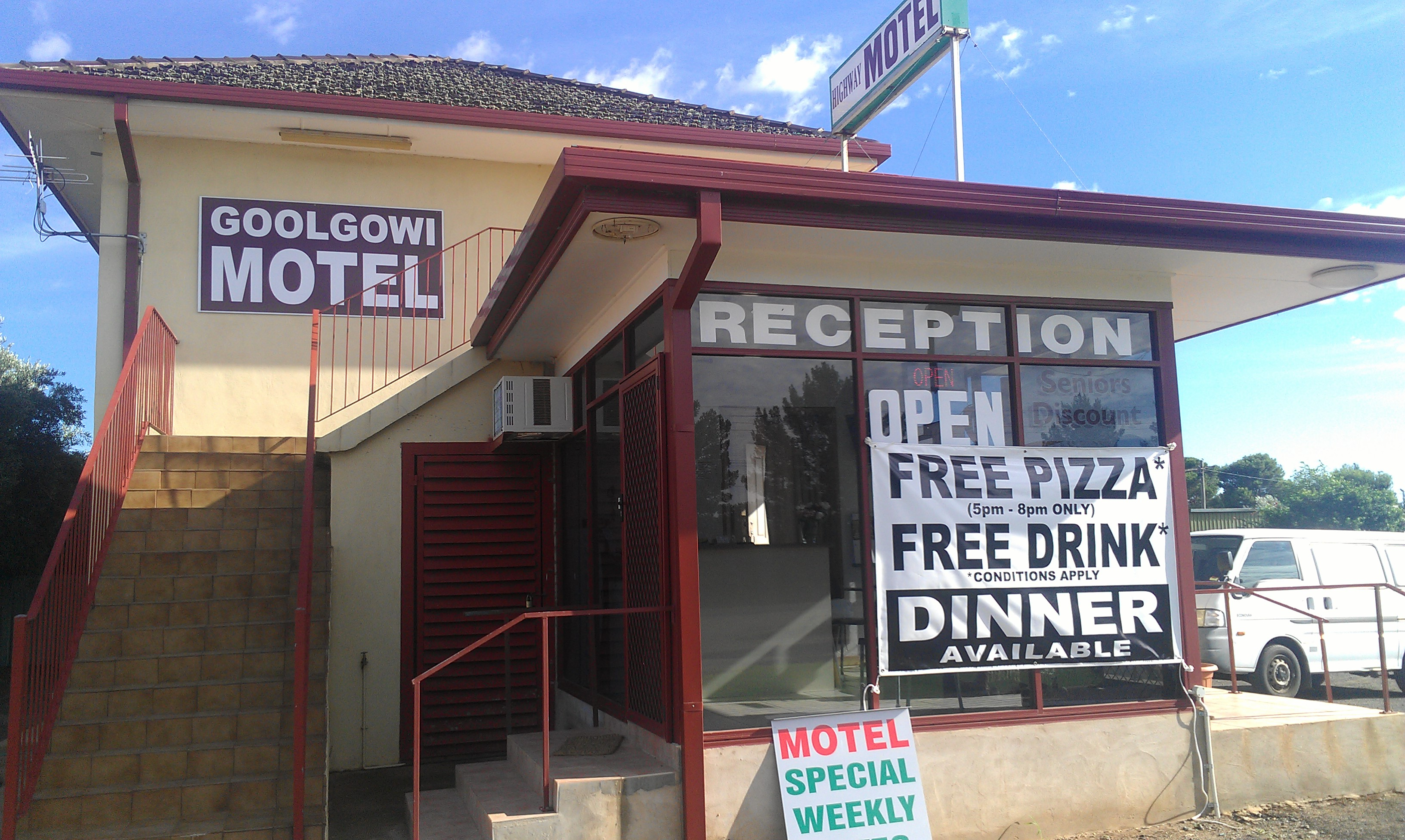 Royal Mail Hotel Goolgowi - Accommodation Gold Coast