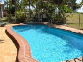 Kinka Palms Beach Front Apartments/Motel - Accommodation Gold Coast