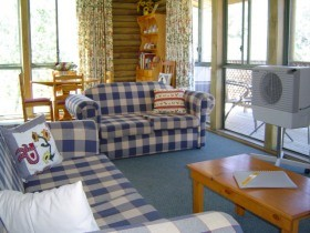 Myrtle Creek Cottages - Accommodation Gold Coast