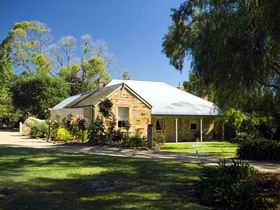 Evelyn Homestead - Accommodation Gold Coast