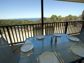 American River Water View Cottage - Accommodation Gold Coast