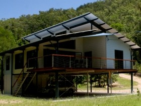 Creek Valley Rainforest Retreat - Accommodation Gold Coast