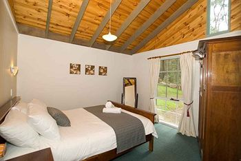 Hill aposNapos Dale Farm Cottages - Accommodation Gold Coast