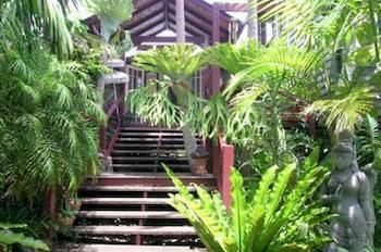 Maleny Tropical Retreat Balinese Bampb - Accommodation Gold Coast