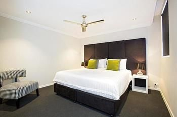 Astina Serviced Apartments - Parkside - Accommodation Gold Coast
