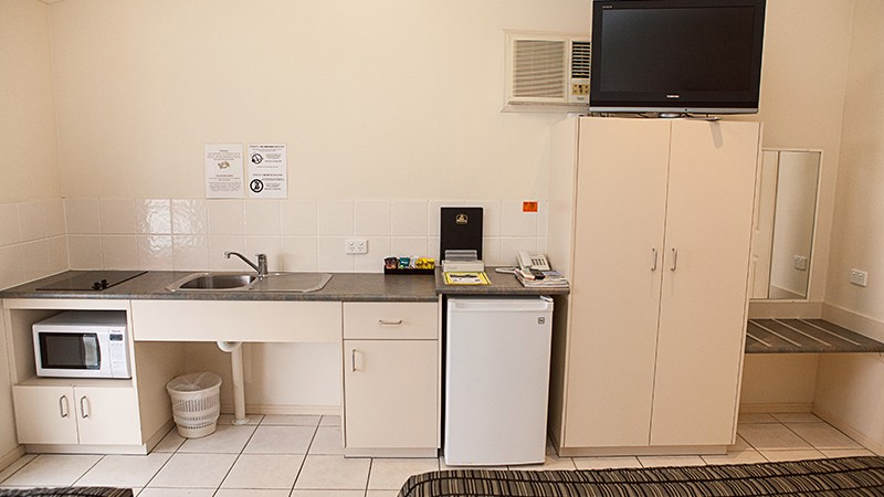 BEST WESTERN Caboolture Central Motor Inn - Accommodation Gold Coast