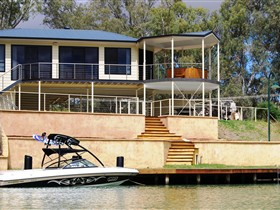 Cascades on the River - Accommodation Gold Coast