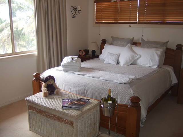 Ayr Bed and Breakfast on McIntyre - Accommodation Gold Coast