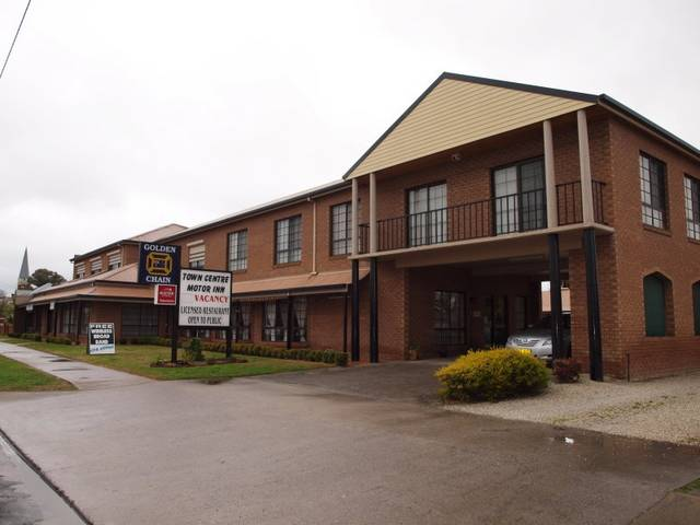 Holbrook Town Centre Motor Inn - Accommodation Gold Coast