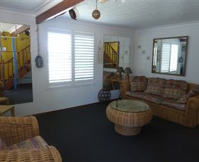 Sails Beach House Apartment Pottsville - Accommodation Gold Coast