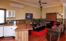 Top of the Range Retreat - Accommodation Gold Coast