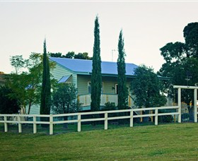 Milford Country Cottages - Accommodation Gold Coast