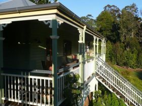 The Sanctuary Springbrook. Guest House / Cottage - Accommodation Gold Coast