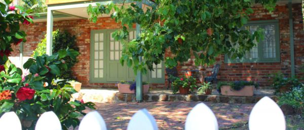 Kalamunda Carriages and Three Gums Cottage - Accommodation Gold Coast