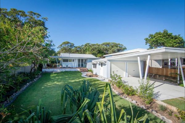 Back Beach Bungalow - Accommodation Gold Coast