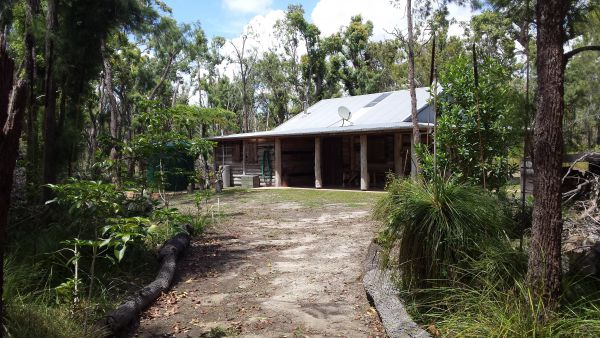 Byfield Cabins on Waterpark Creek - Accommodation Gold Coast