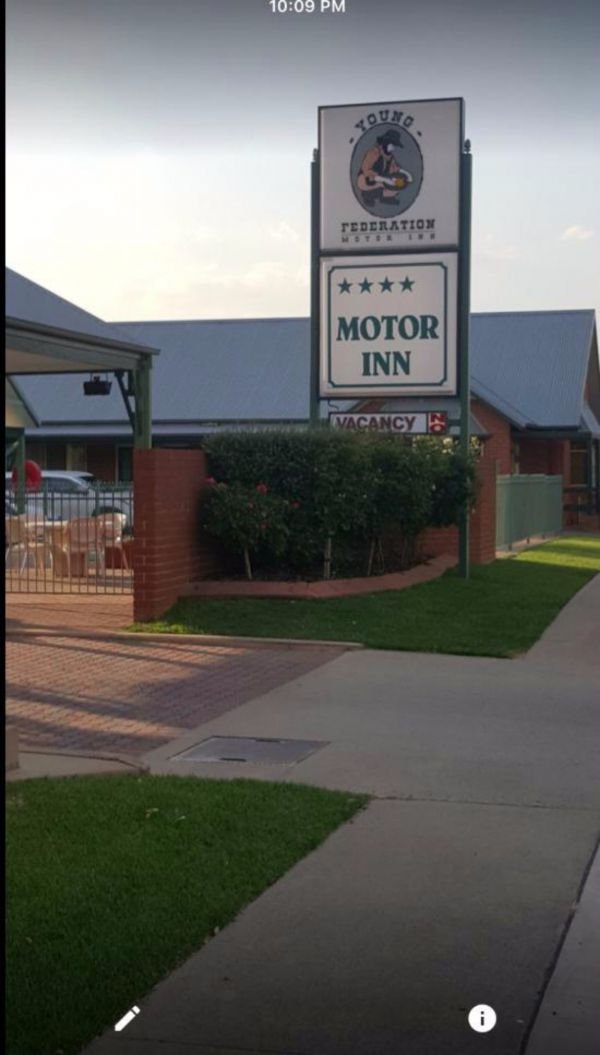 Federation Motor Inn Young - Accommodation Gold Coast