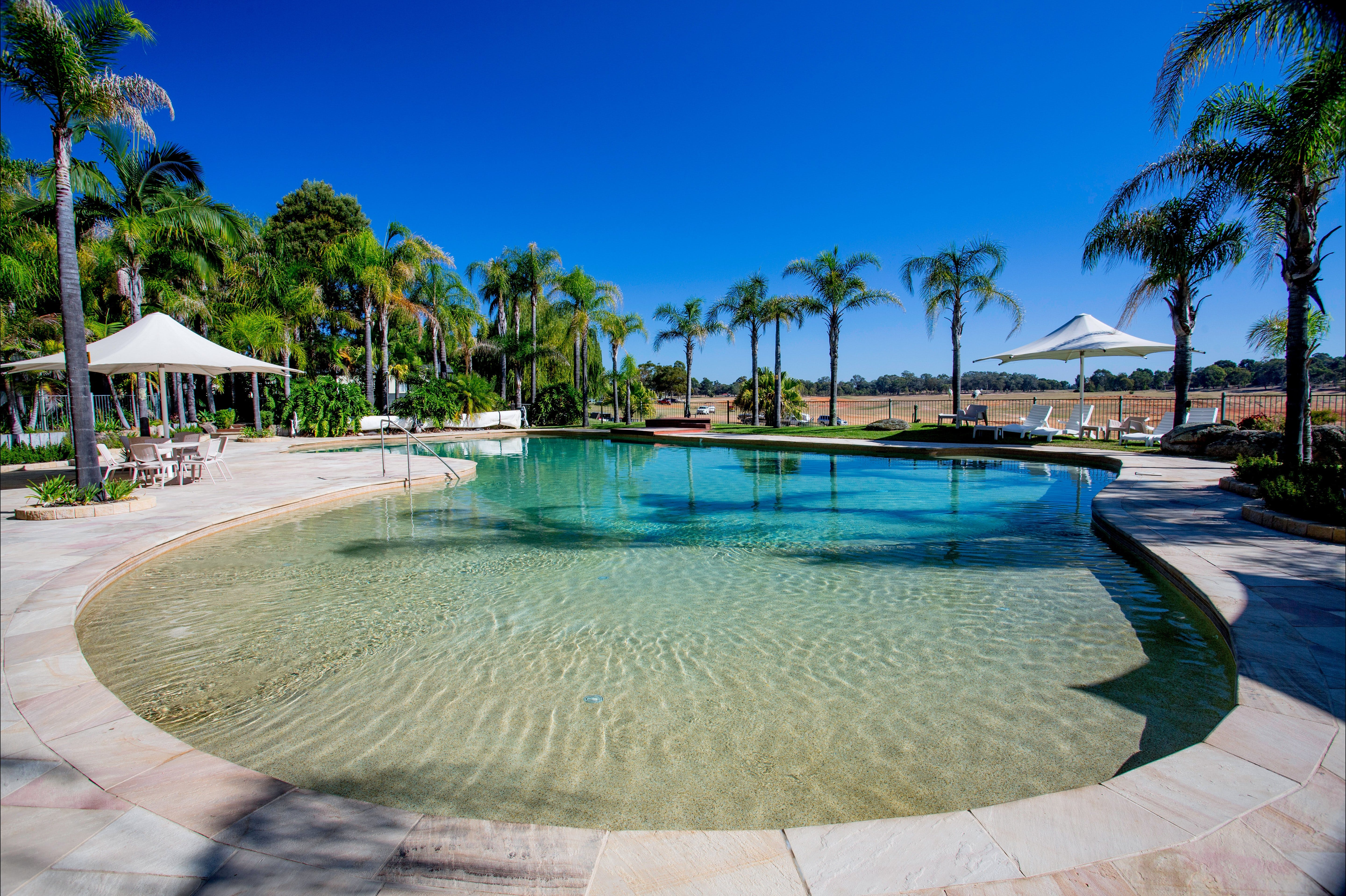 Discovery Parks - Lake Hume - Accommodation Gold Coast