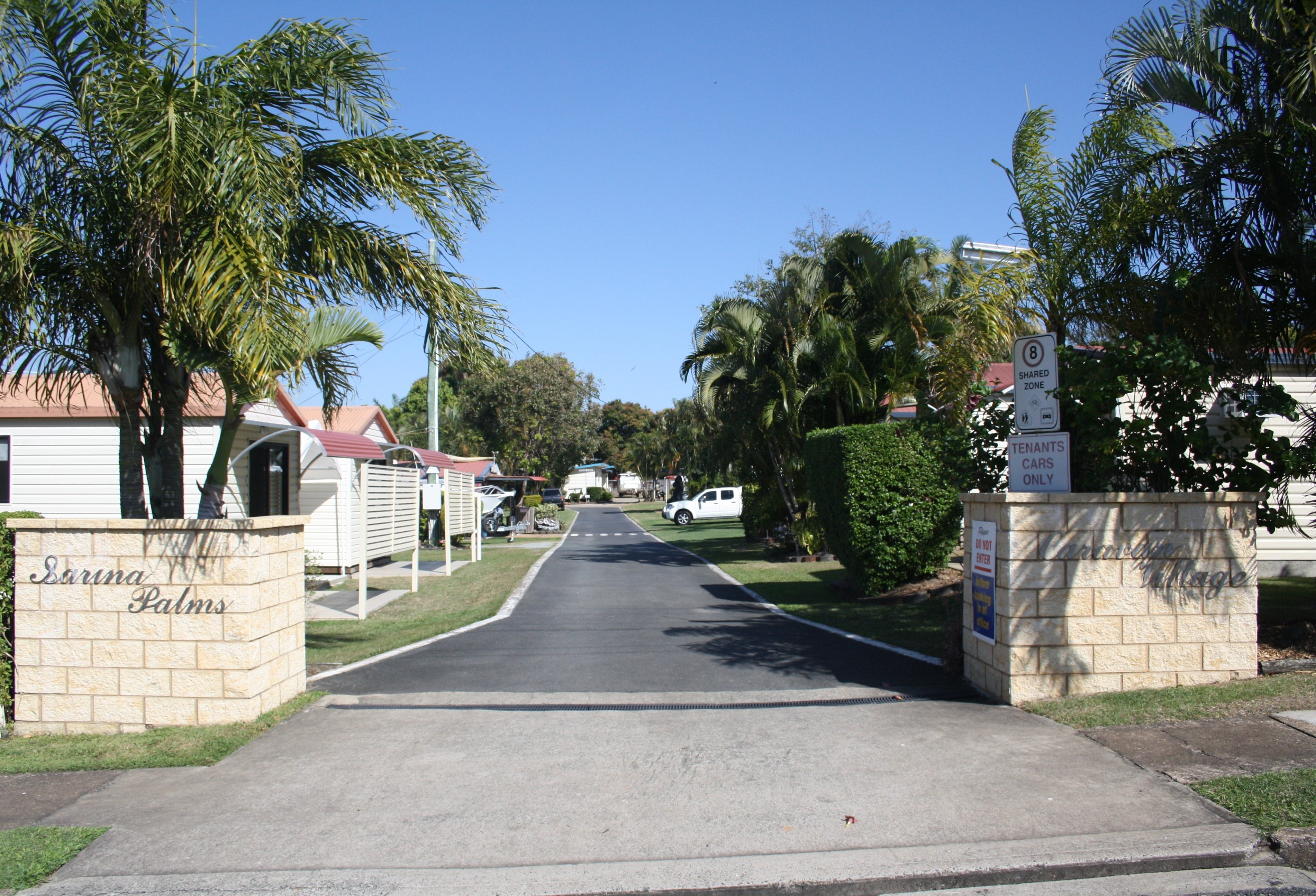 Sarina Palms Caravan Village - Accommodation Gold Coast