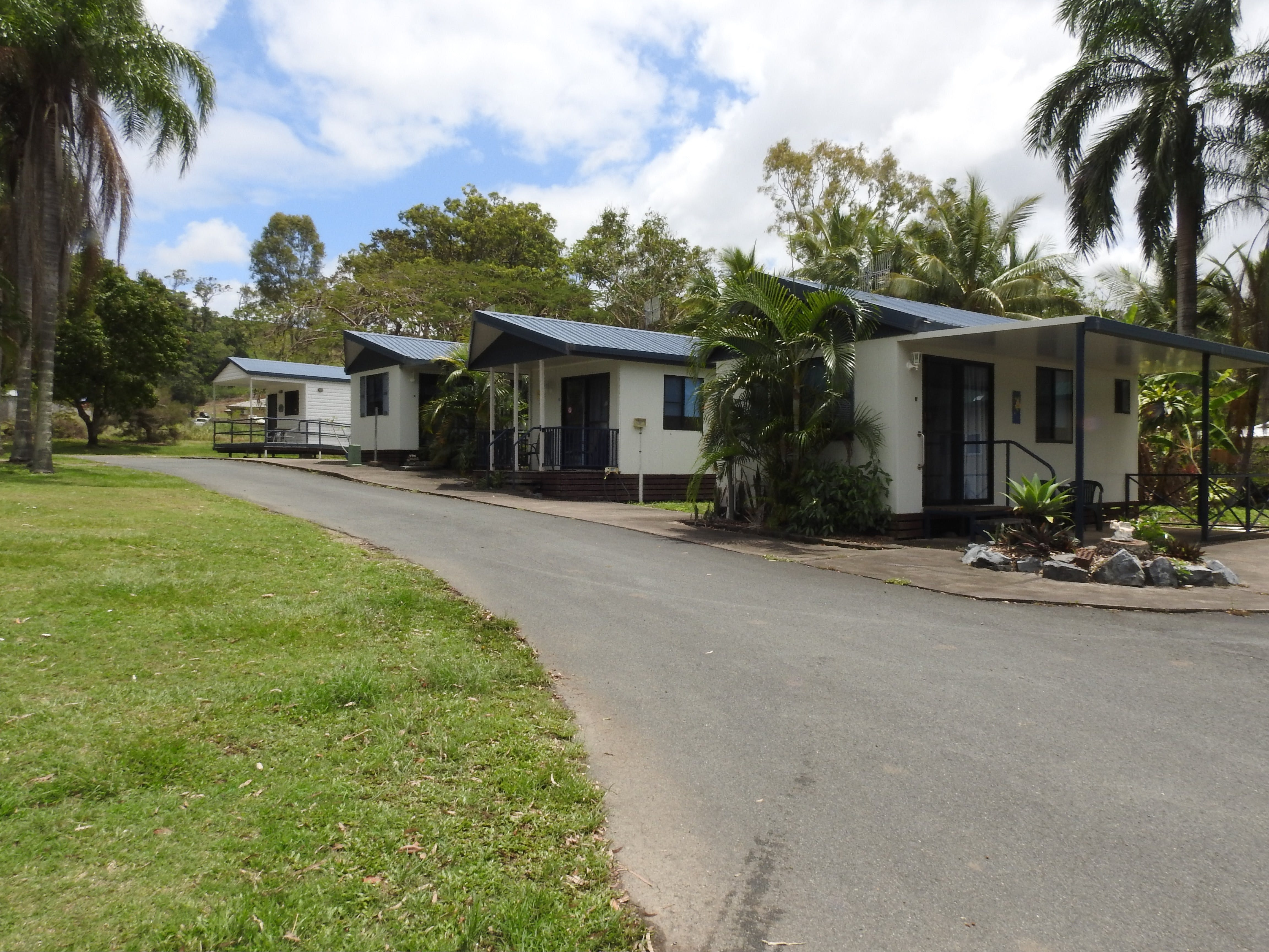 Tropicana Caravan Park Sarina - Accommodation Gold Coast