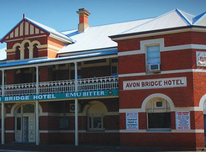 Avon Bridge Hotel - Accommodation Gold Coast