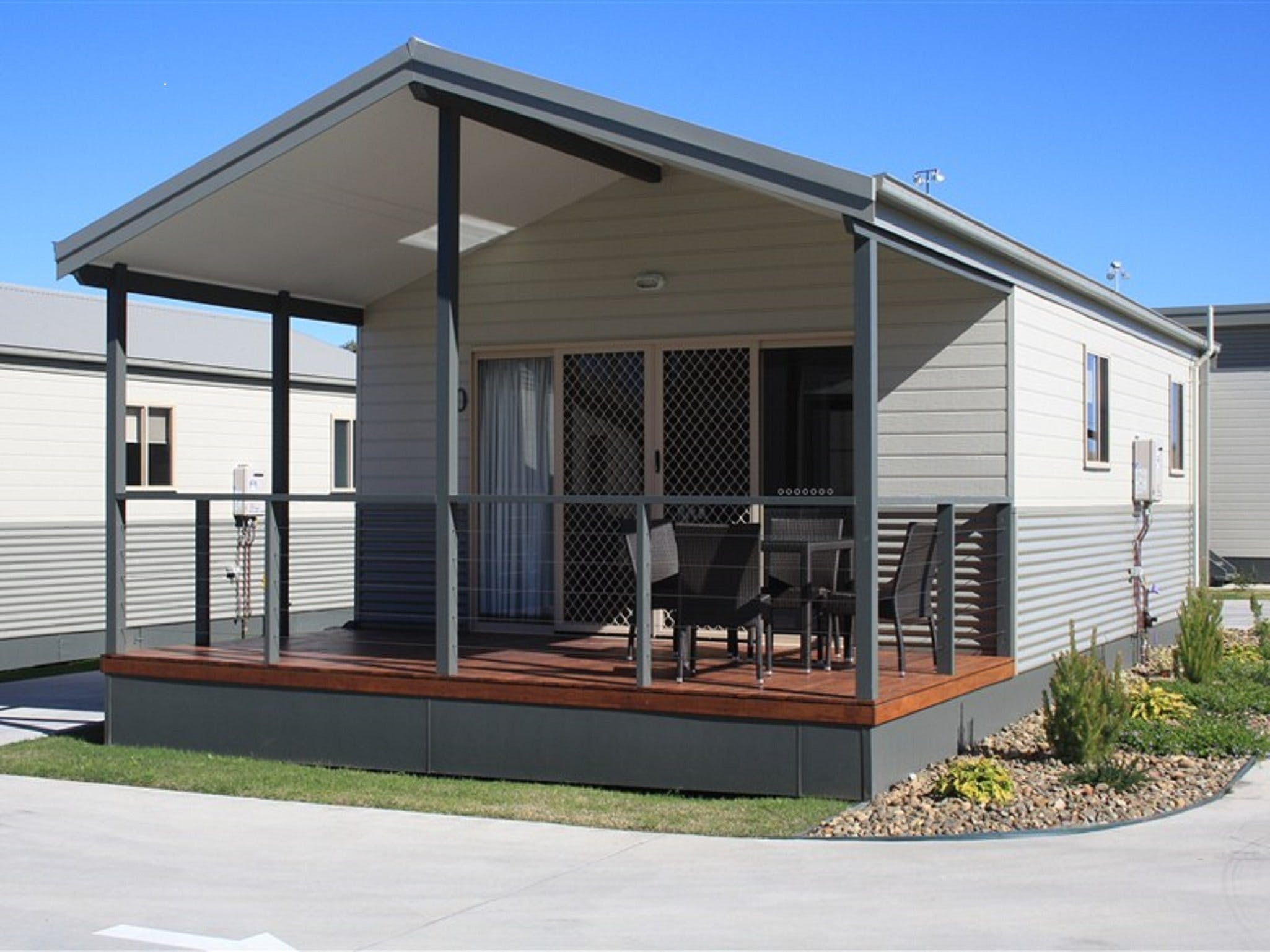Bowlo Holiday Cabins - Accommodation Gold Coast
