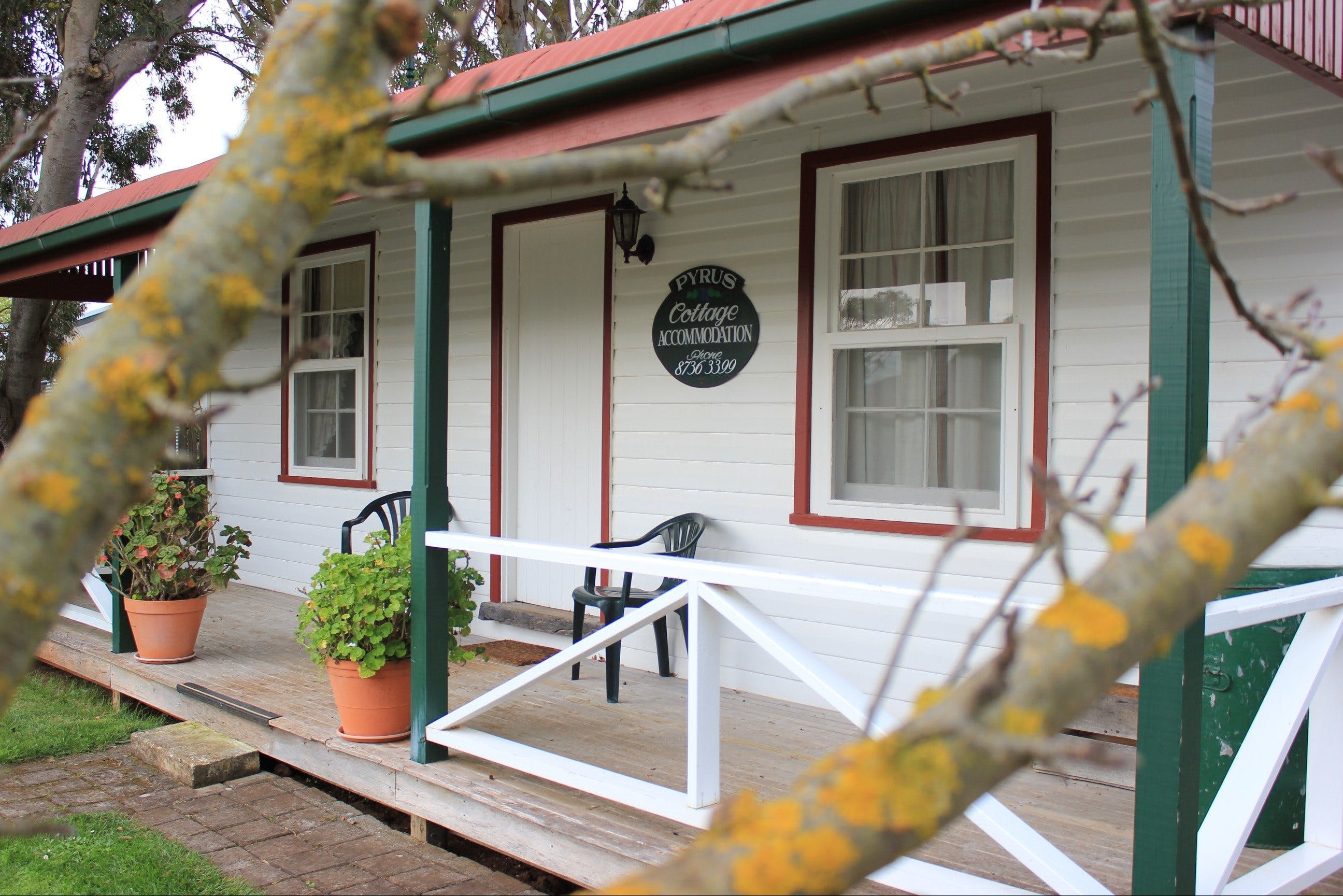 Coonawarra's Pyrus Cottage - Accommodation Gold Coast
